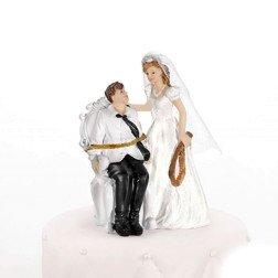 centro torta simpatico sposa lega e frusta lo sposo