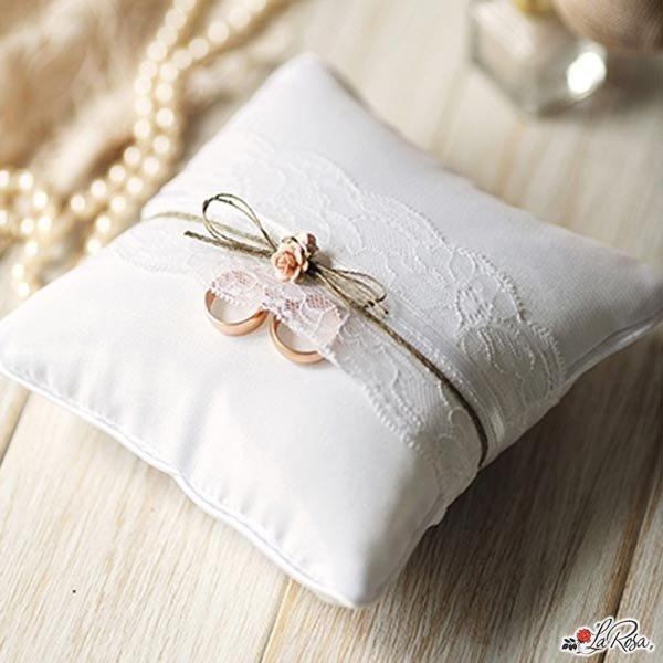 Cuscini Matrimonio Fedi.Cuscino Porta Fedi Bianco Per Matrimonio Shabby Chic