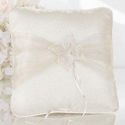 cuscino porta fedi per matrimonio avorio con farfalla
